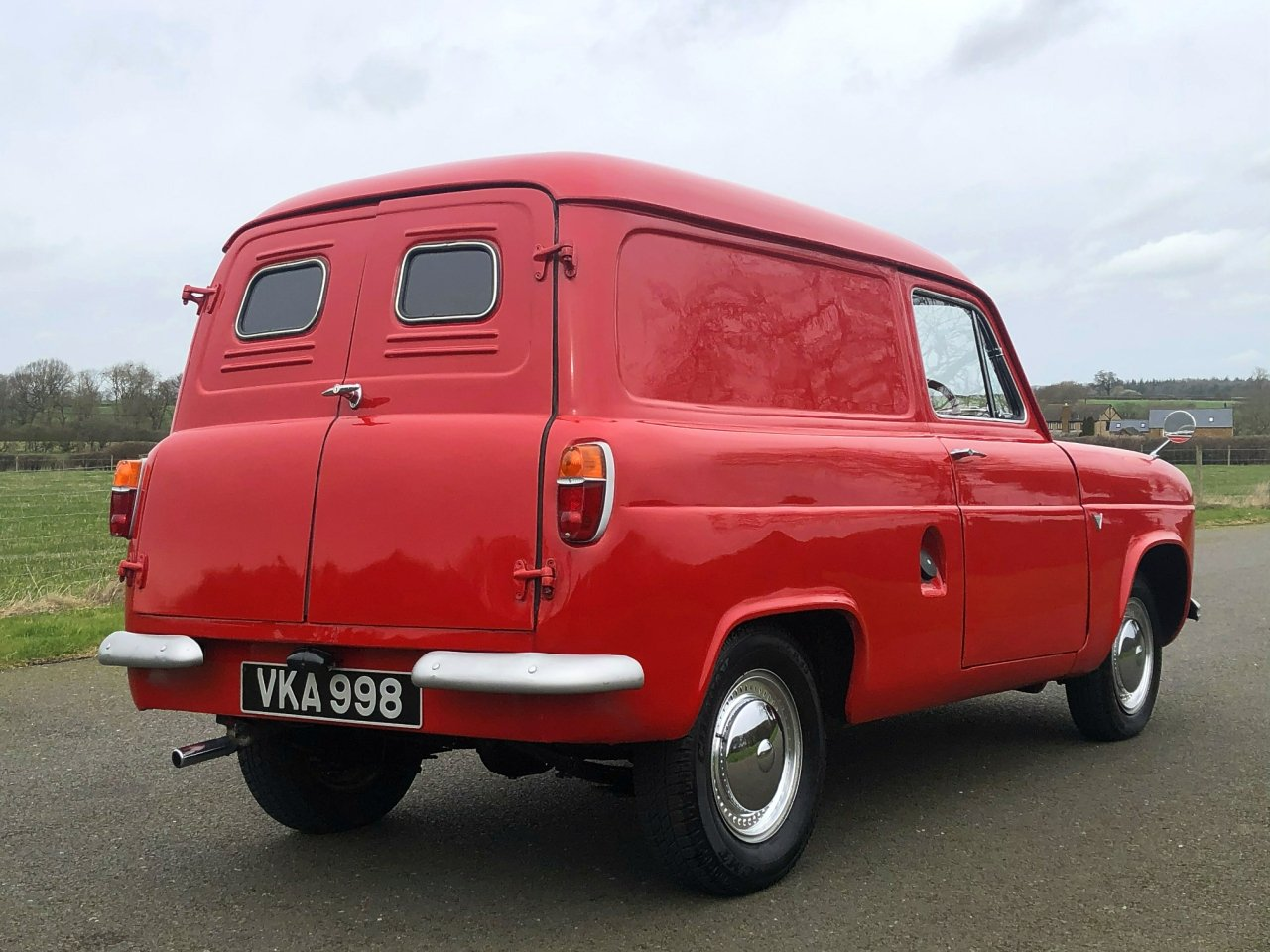1956 Ford Thames 300E Van SOLD (picture 4 of 6)