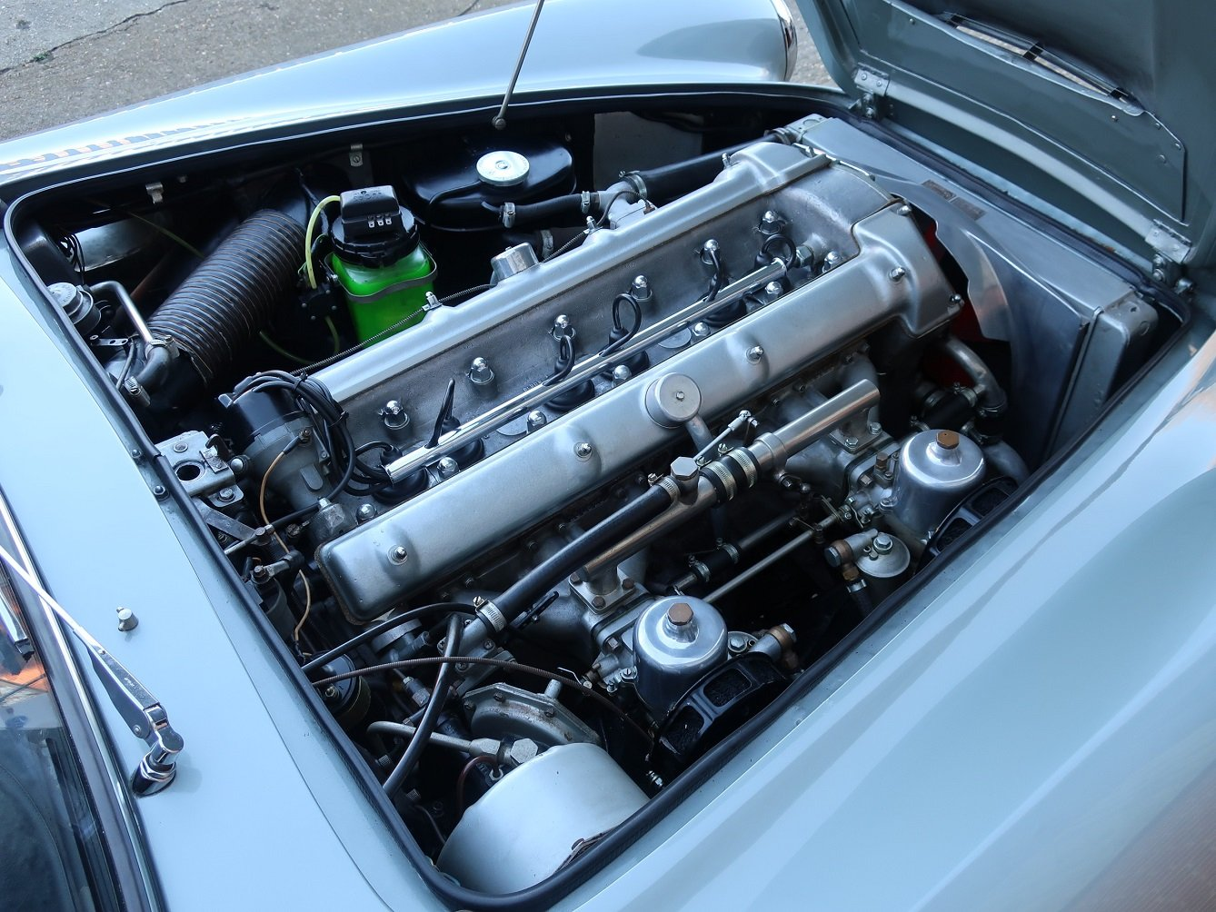 1961 Aston Martin DB4 Series ll For Sale (picture 5 of 6)