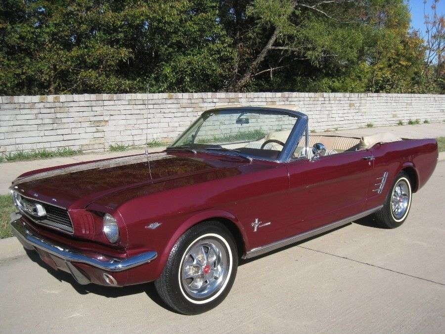 Ford Mustang V 8 Pony Intr 1966  & 50 USA Classics For Sale (picture 1 of 6)