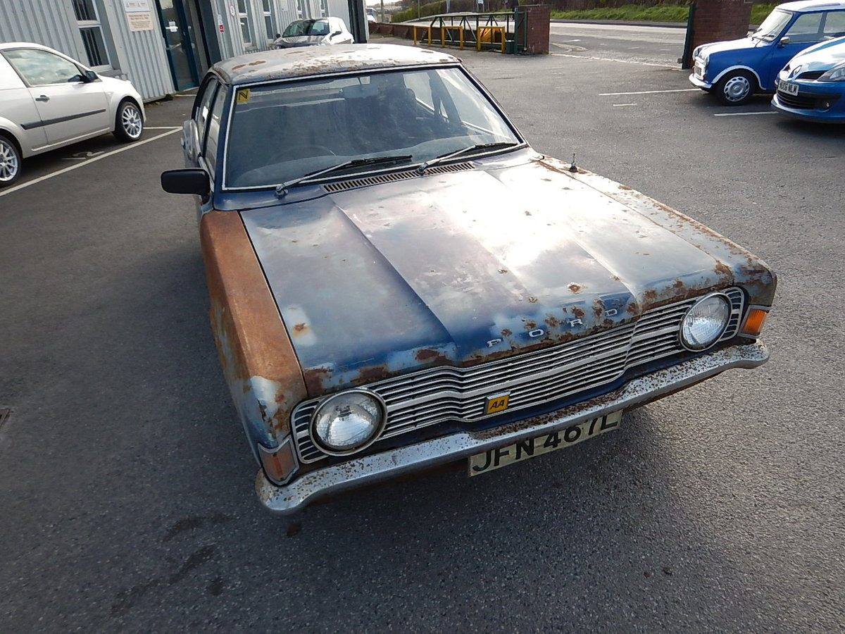 1973 FORD CORTINA Mk3 1.3 Base Saloon ~ Genuine Barn Find ~  SOLD (picture 2 of 6)