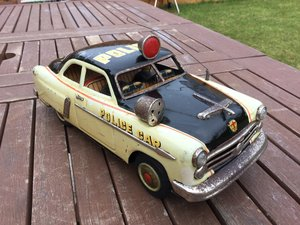 Marusan ford police car tinplate clockwork