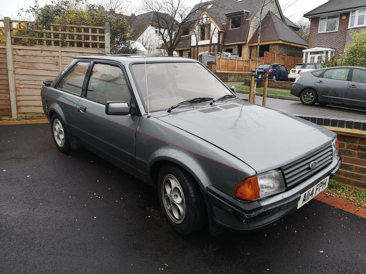 1984 FORD ESCORT XR3i CLASSIC *MOT JULY* LOW MILES For Sale (picture 1 of 6)