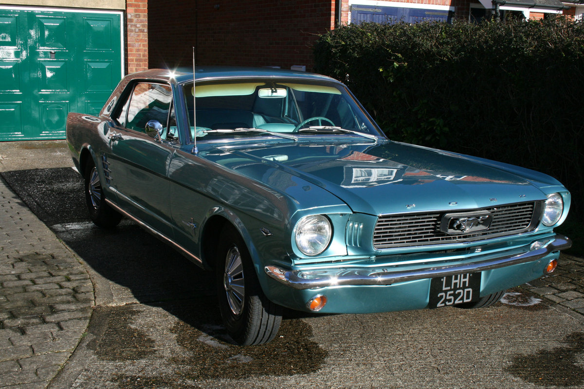 1966 Ford Mustang Coupe  SOLD (picture 4 of 6)