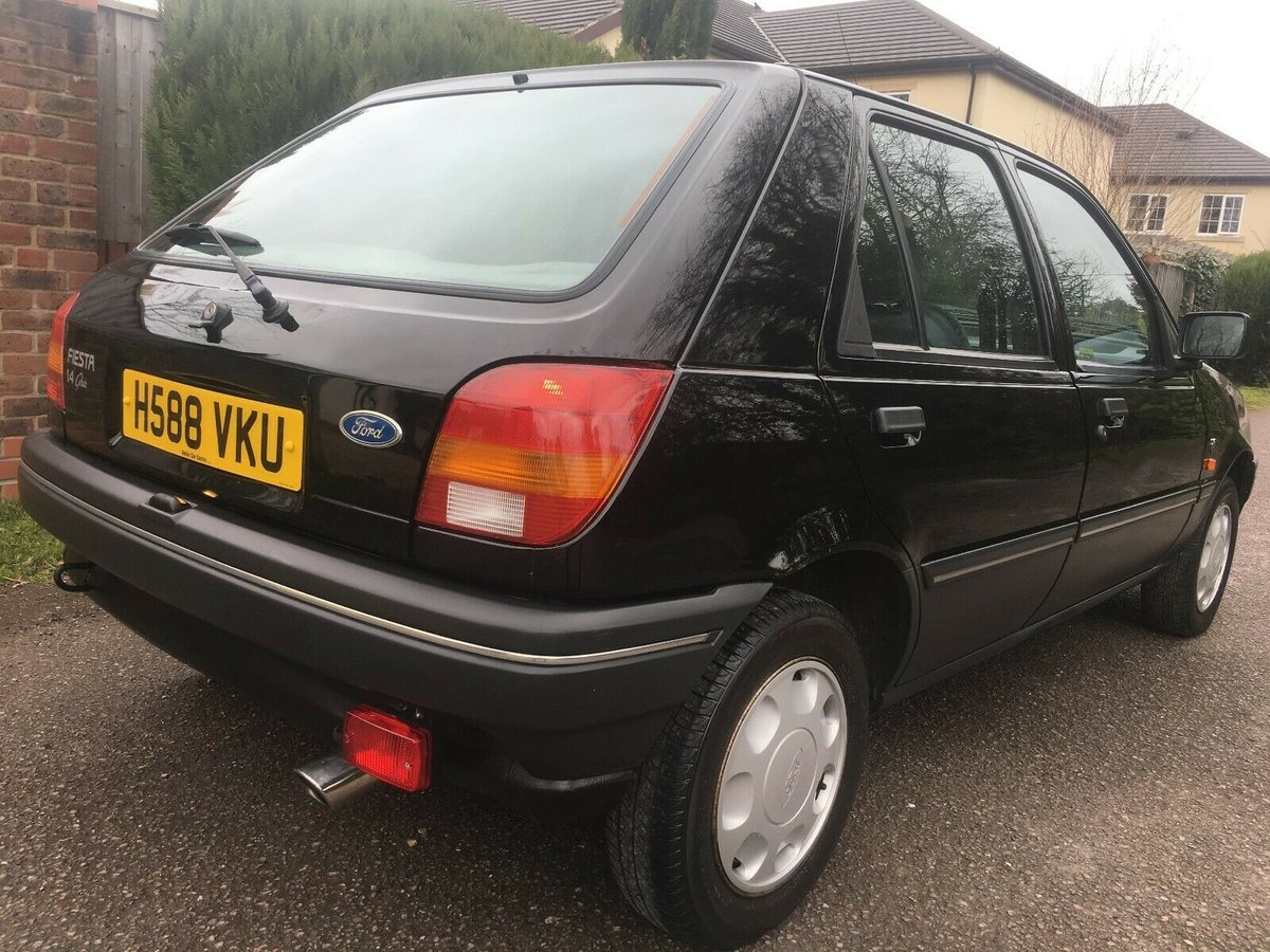 1990 FORD FIESTA 1.4 GHIA LHD AUTO ONLY 40,000 MILES SUPERB For Sale (picture 4 of 6)