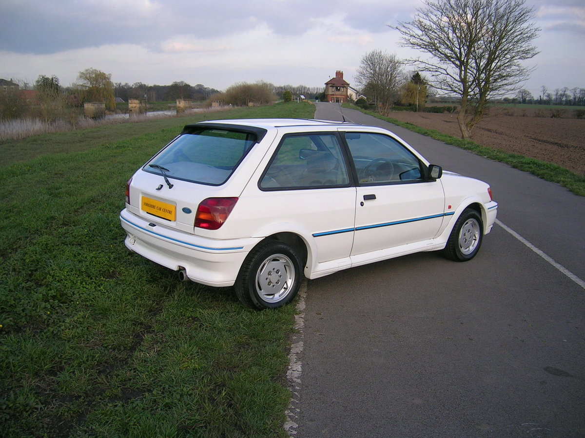 1991 Ford Fiesta XR2i Very Low Mileage Collectable For Sale (picture 3 of 6)