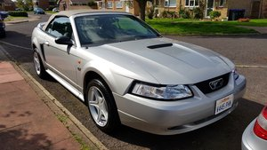 2000 FORD MUSTANG GT V8 CONVERTIBLE