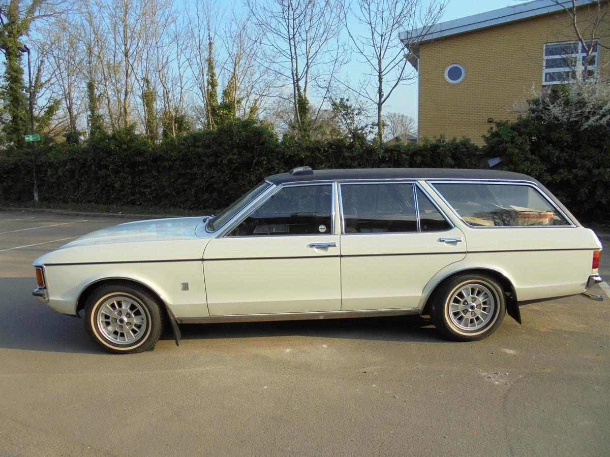 1976 FORD GRANADA 3.0GL ESTATE MK1 CONCOURS CAR For Sale (picture 3 of 6)
