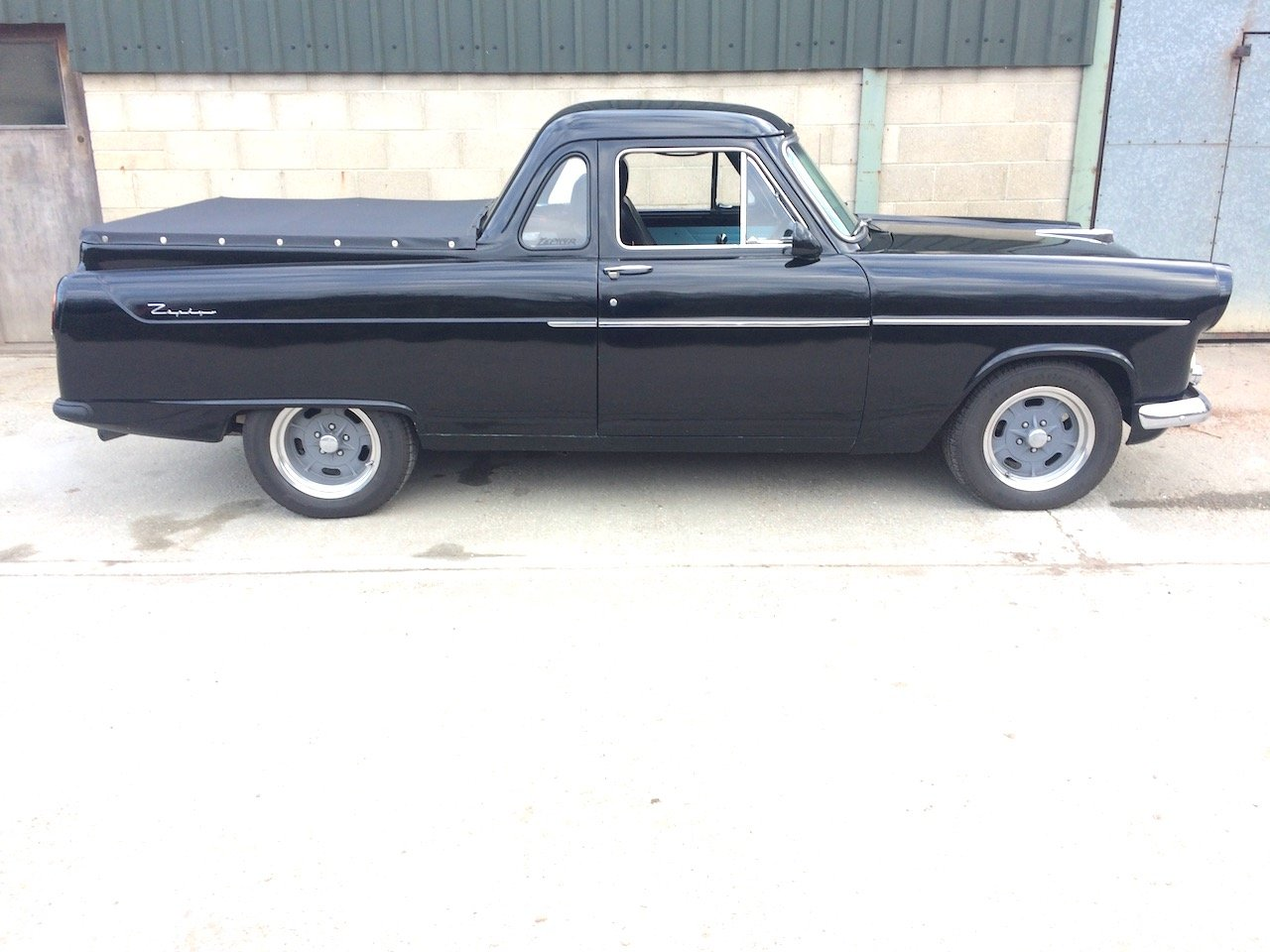 1957 Ford Mk 2 Zephyr Highline UTE pick-up For Sale (picture 1 of 6)