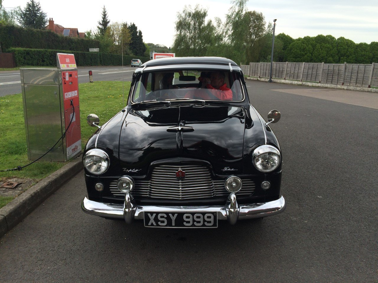 1954 FORD ZEPHYR SIX Mk1 For Sale (picture 2 of 4)
