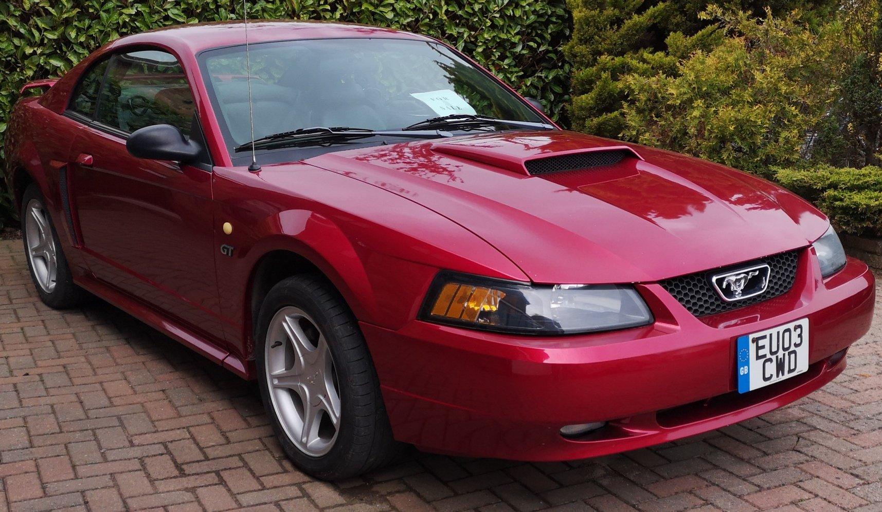 mustang 2003 v8