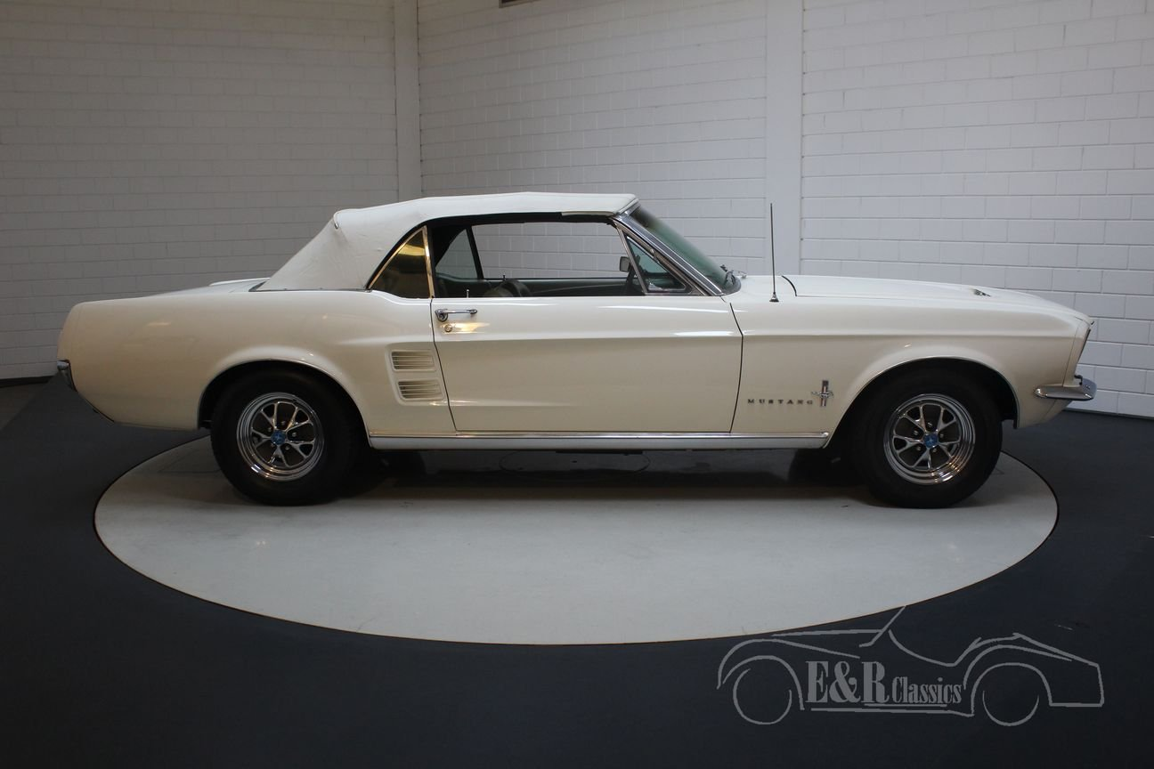 Ford mustang v8 cabriolet 1967 powertop for sale picture 6 of 6
