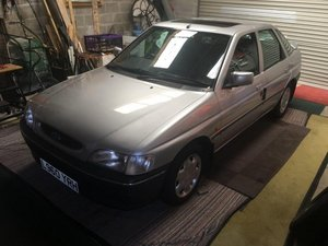 1994 Ford Escort LX I at Morris Leslie Auction 25th May SOLD by Auction