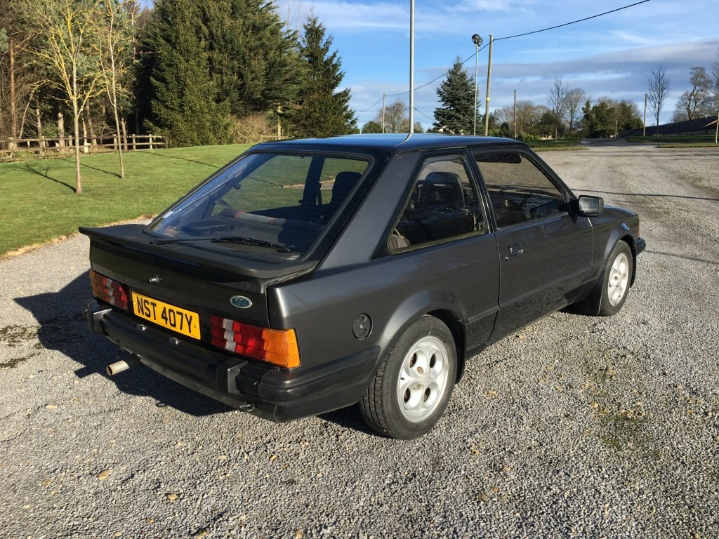 1983 FORD ESCORT XR3i LHD UK REG For Sale (picture 2 of 6)
