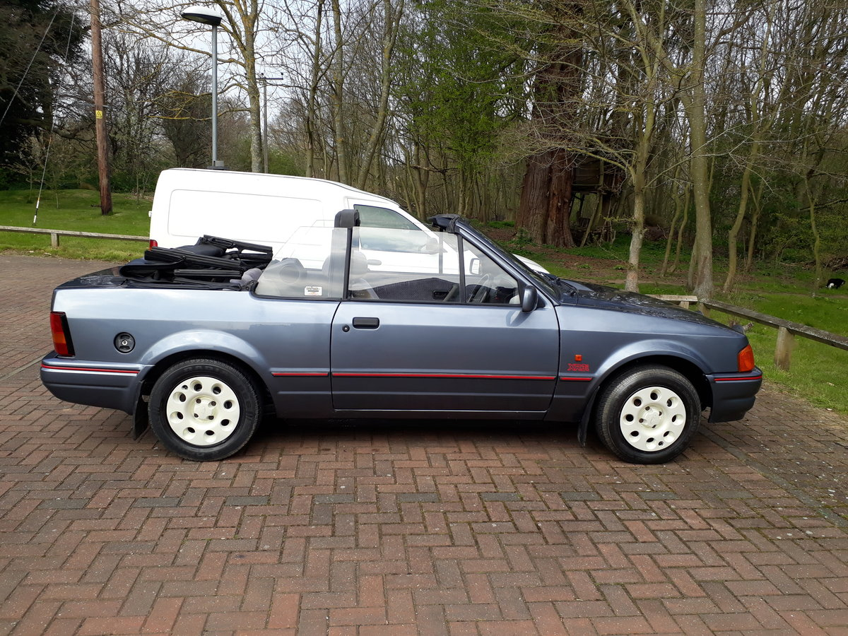 1988 Escort cabriolet For Sale (picture 2 of 6)
