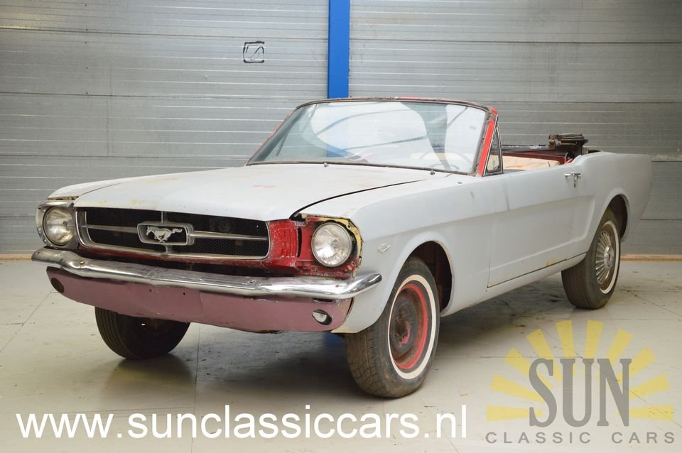 Ford Mustang 1965 to be restored For Sale (picture 1 of 6)