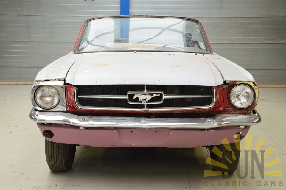 Ford Mustang 1965 to be restored For Sale (picture 2 of 6)