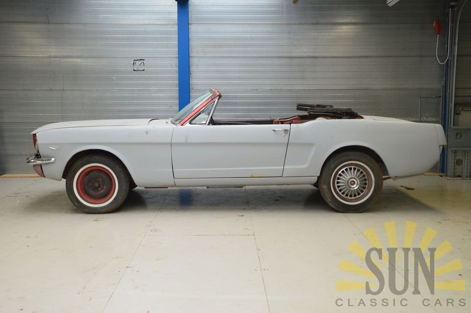 Ford Mustang 1965 to be restored For Sale (picture 3 of 6)