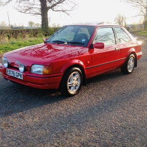 1988 Ford Escort Xr3i 9000 miles !!!! For Sale