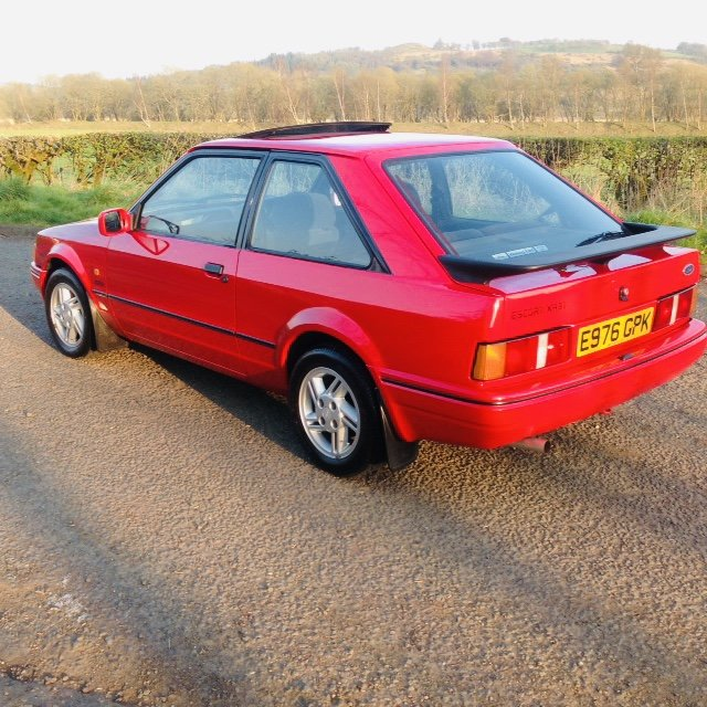1988 Ford Escort Xr3i 9000 miles !!!! For Sale (picture 2 of 6)