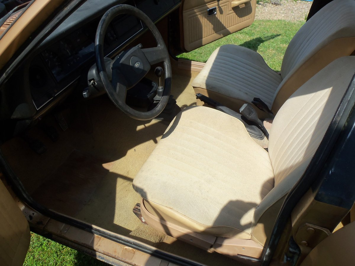 1976 Ford Cortina mk4 For Sale (picture 4 of 6)
