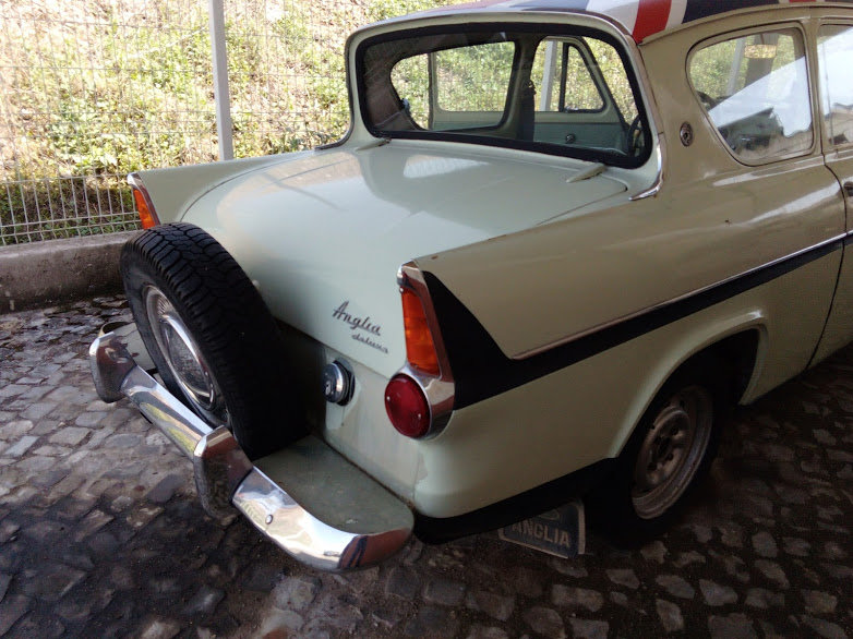 1962 FORD ANGLIA 123E For Sale (picture 3 of 6)