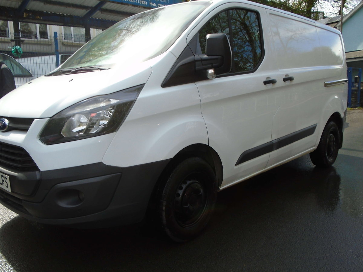2014 Ford Transit Custom 2.2TDCi ( 100PS ) 290 L1H1 SWB For Sale (picture 1 of 6)