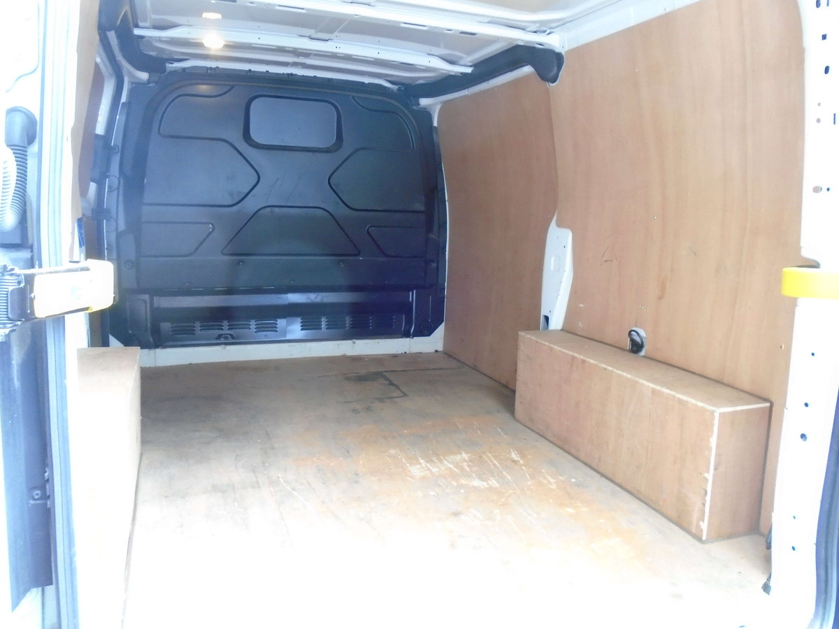 2016 Ford Transit Custom 2.2TDCi ( 100PS ) 290 M SPORT STYLE For Sale (picture 6 of 6)