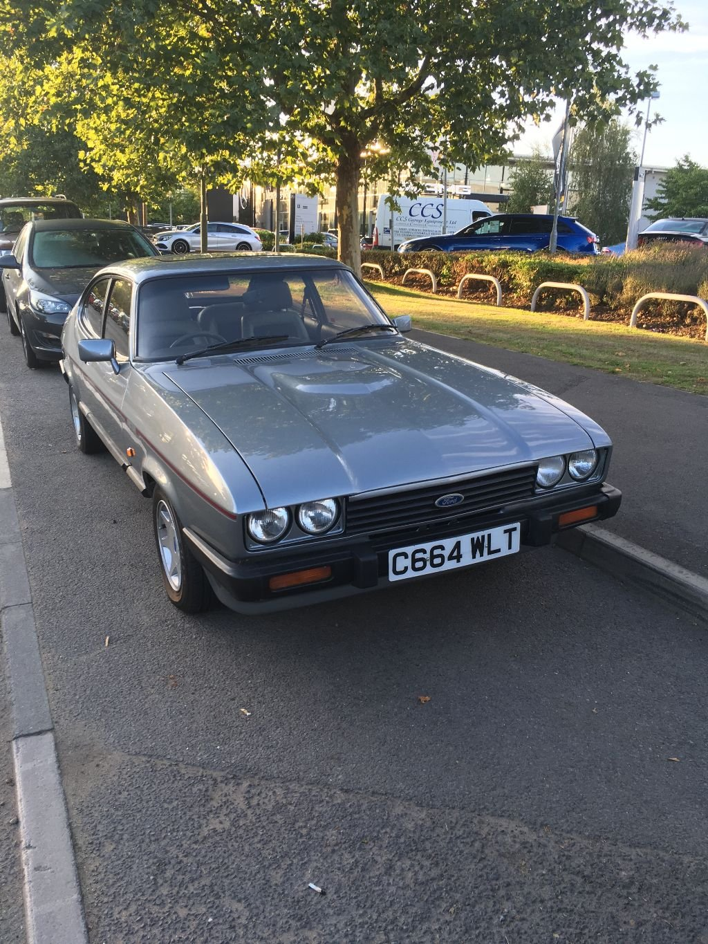 1986 FORD CAPRI 2.8I SPECIAL For Sale (picture 1 of 6)