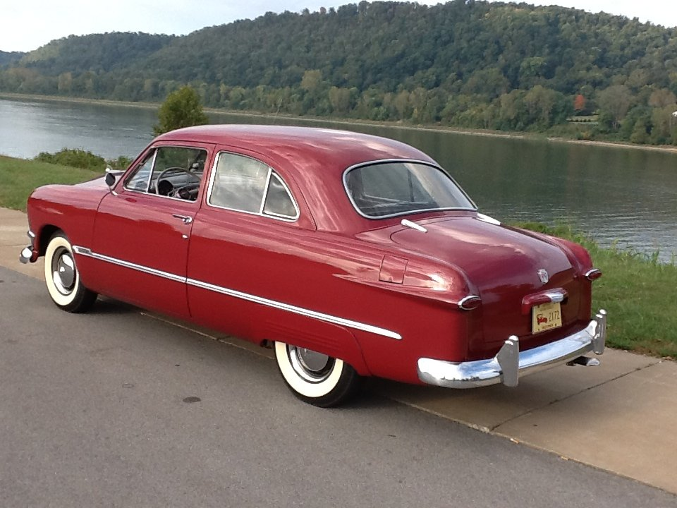 1950 Ford Custom Deluxe For Sale (picture 2 of 6)