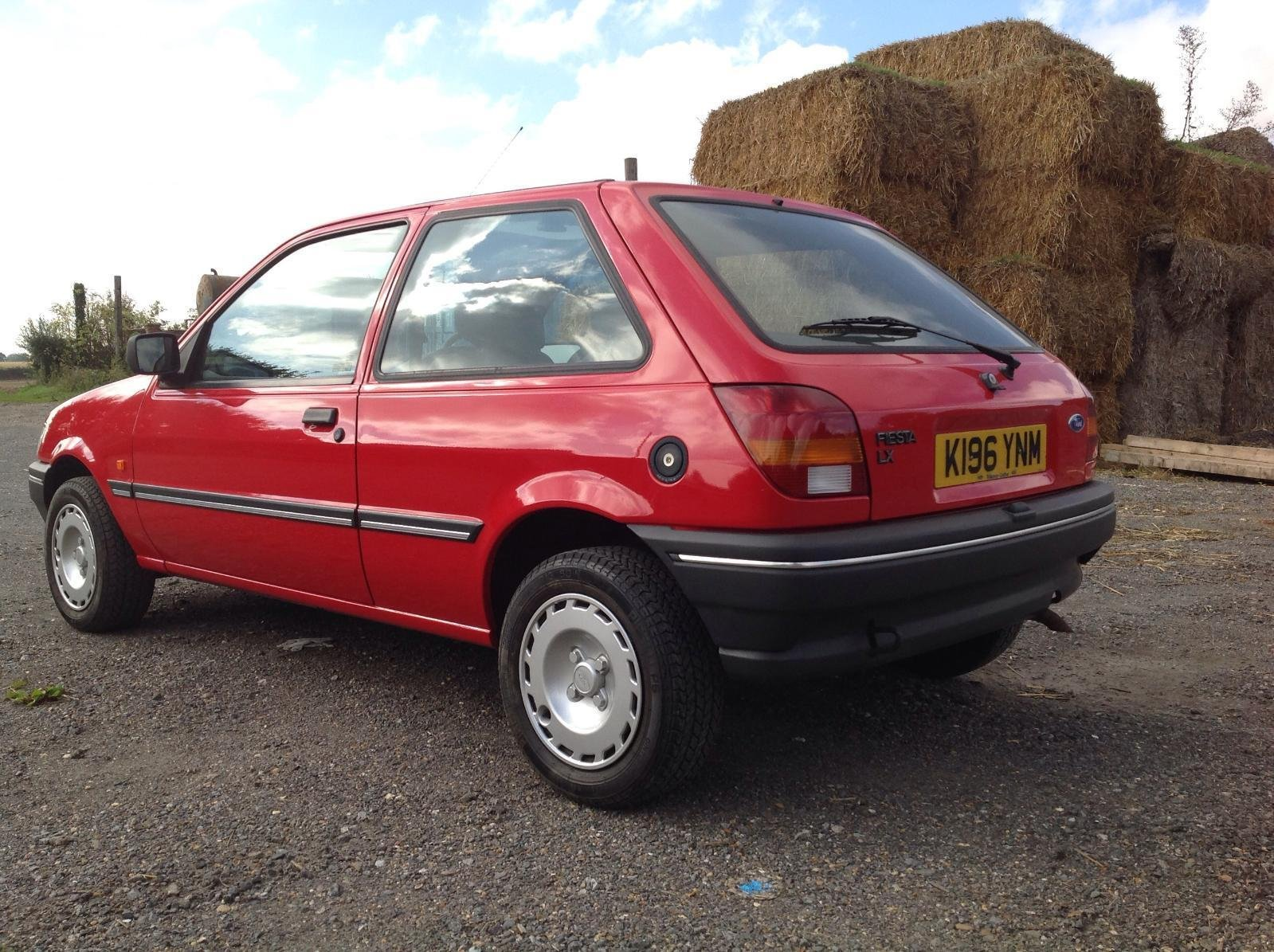 1993 Ford Fiesta 1.1LX For Sale (picture 2 of 6)