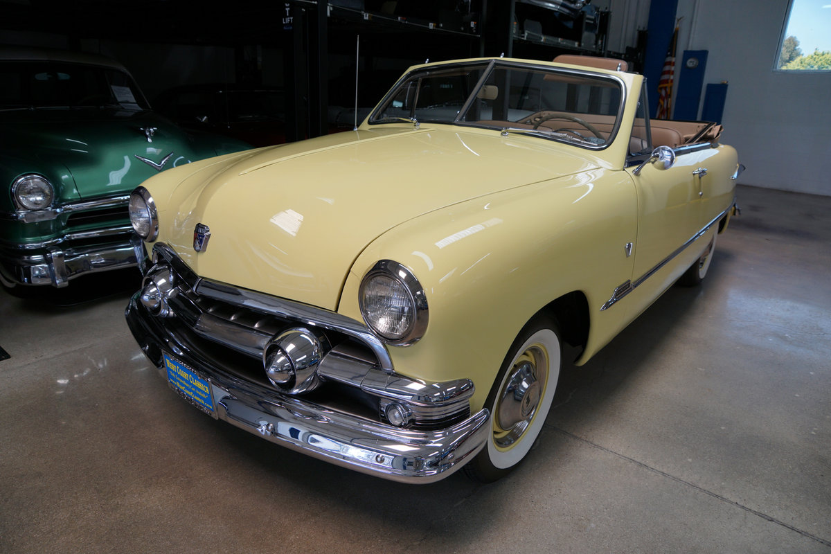 1951 Ford Custom DeLuxe 239 V8 Convertible  For Sale (picture 1 of 6)