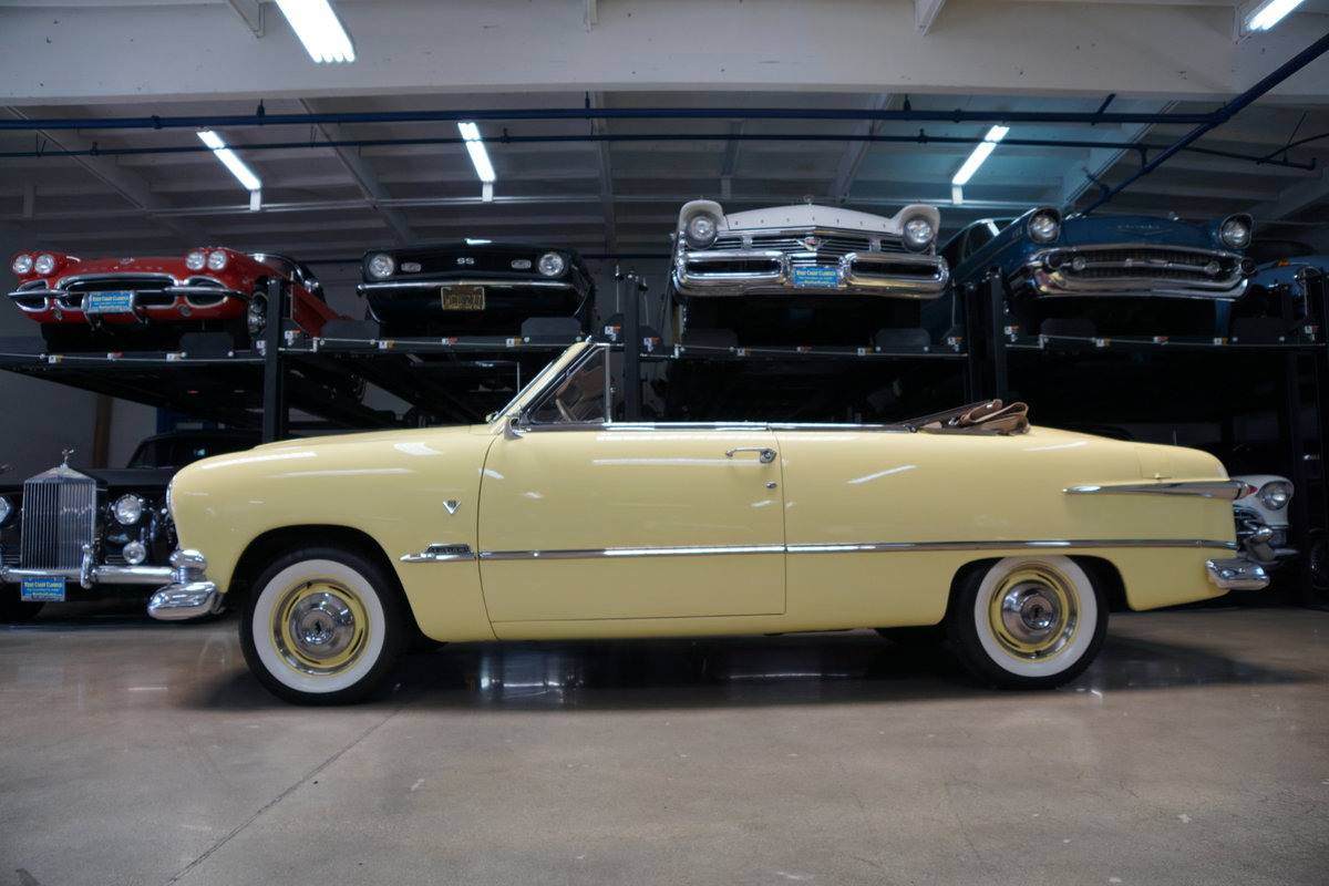 1951 Ford Custom DeLuxe 239 V8 Convertible  For Sale (picture 2 of 6)