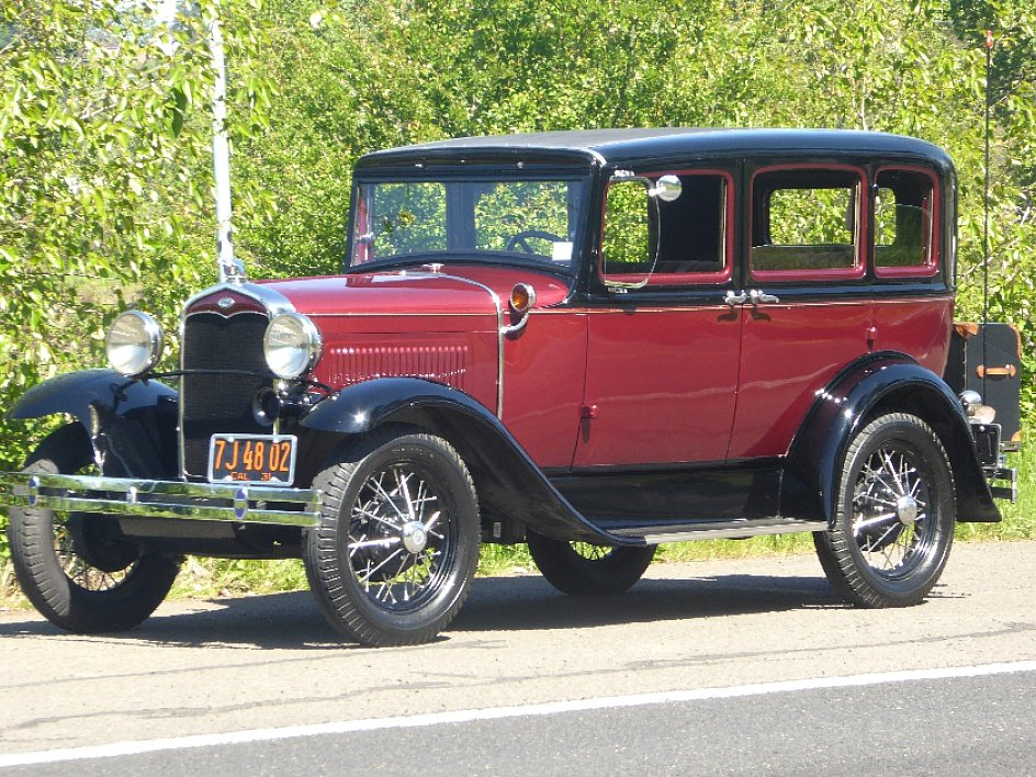 1931 Ford Sedan = Clean Restored Burgundy(~)Grey $21.5k  For Sale (picture 1 of 6)