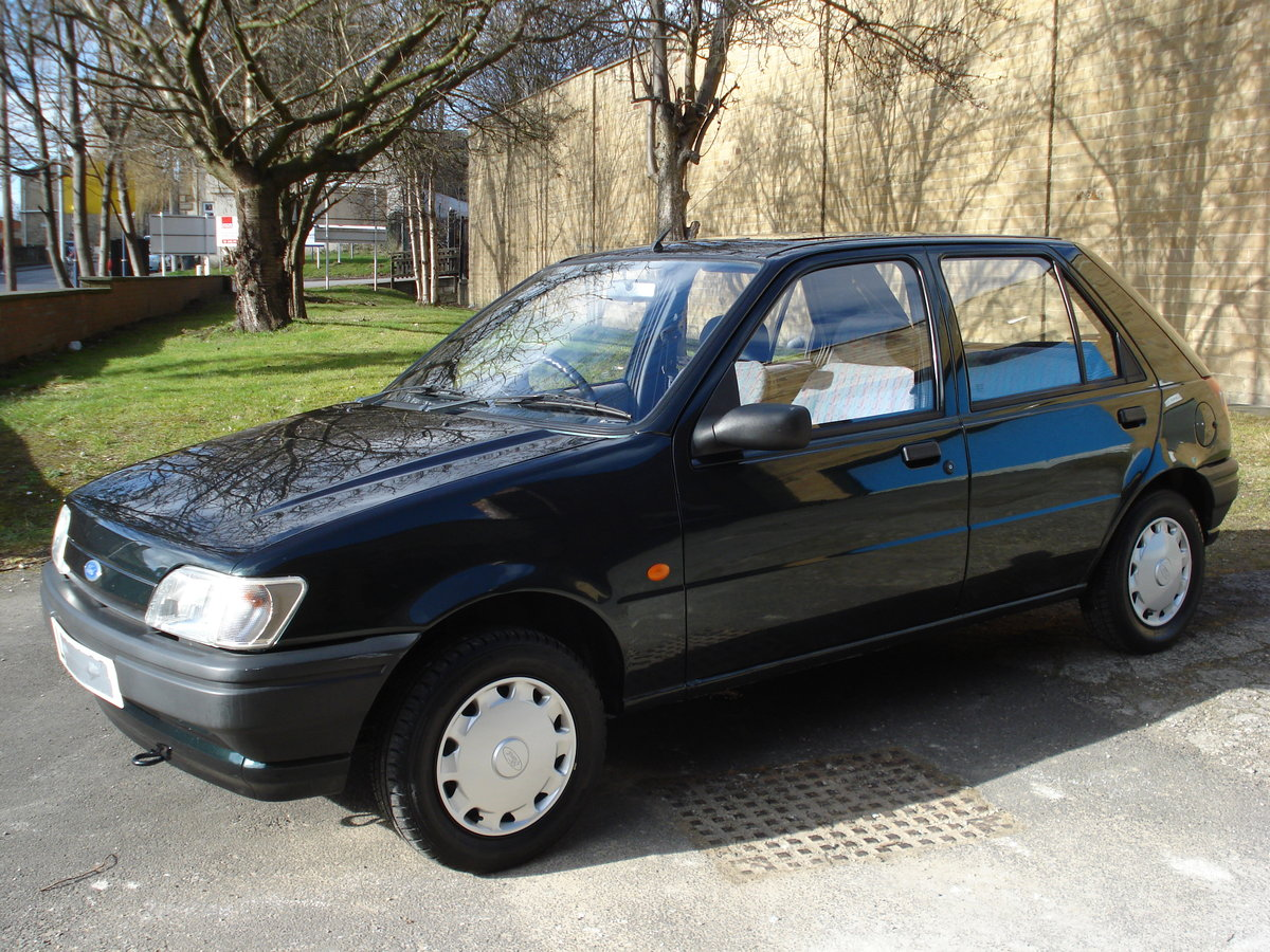 1994 Ford fiesta 1.1 only 41,000 miles mot nov 2019 For Sale (picture 1 of 6)