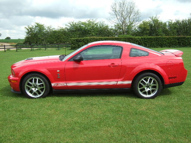 2007 Ford Mustang Shelby GT500 fastback only 9500 miles For Sale (picture 2 of 6)