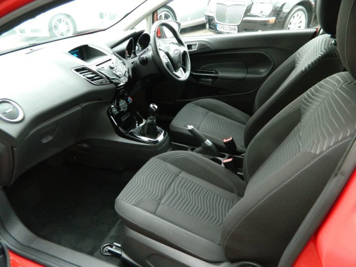 2013/63 Ford Fiesta 1.25 Zetec 3dr 29859 miles F/S/History  SOLD (picture 6 of 6)