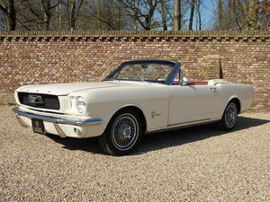 1966 Ford Mustang Convertible with disc brakes, pony interior For Sale