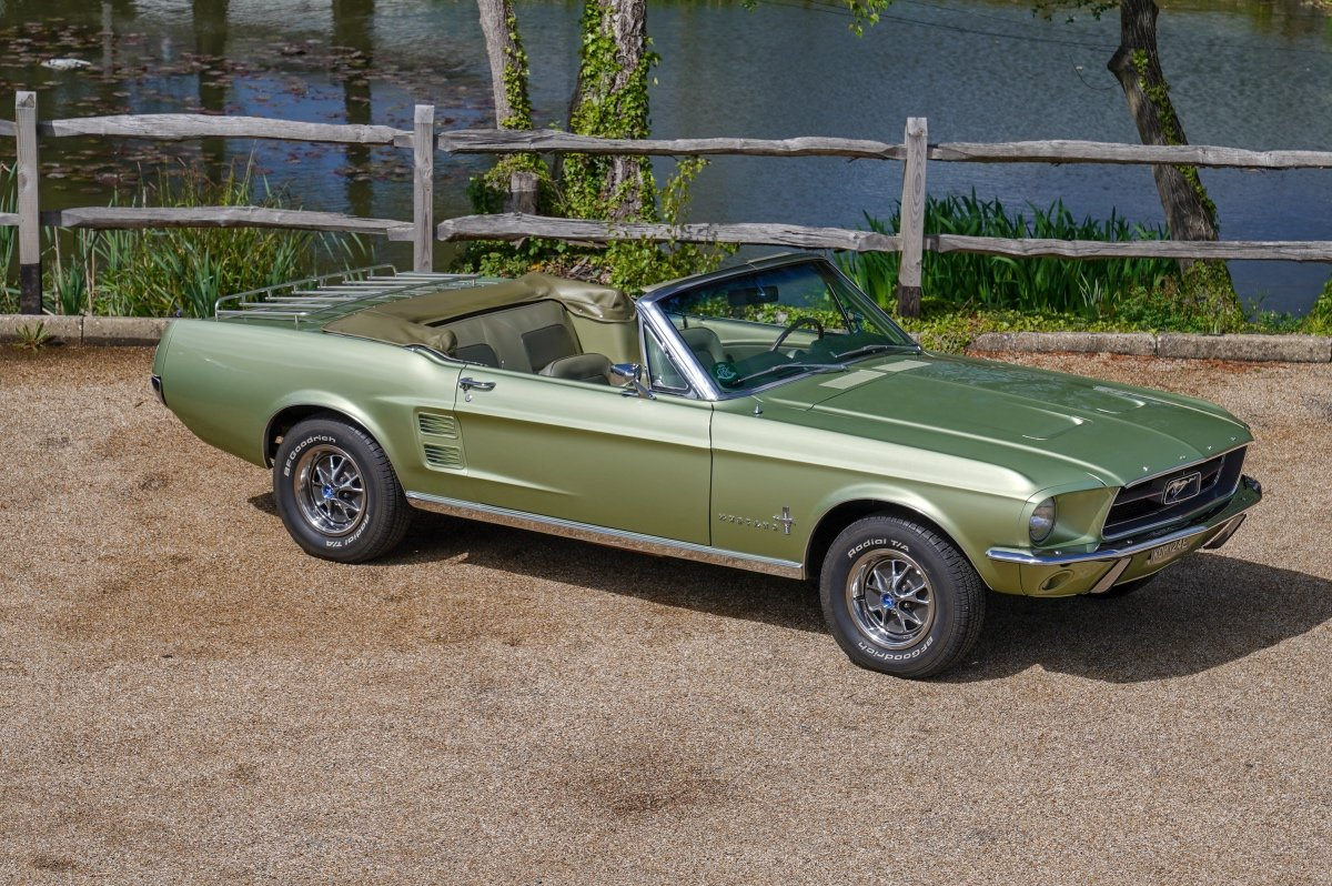FORD MUSTANG 1967 289 V8 Manual four speed Convertible. For Sale (picture 1 of 6)