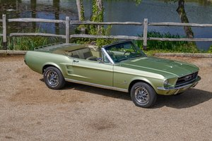 FORD MUSTANG 1967 289 V8 Manual four speed Convertible.