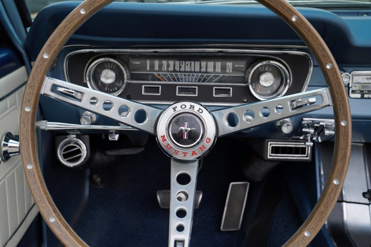 1965 FORD MUSTANG 289 V8 CONVERTIBLE FULL SPECIFICATION For Sale (picture 5 of 6)