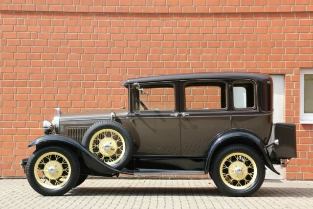 Ford Model A Fordor  SOLD (picture 6 of 6)