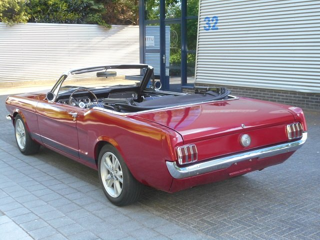 1965 FORD MUSTANG CONVERTIBLE 289 V8 For Sale (picture 3 of 6)