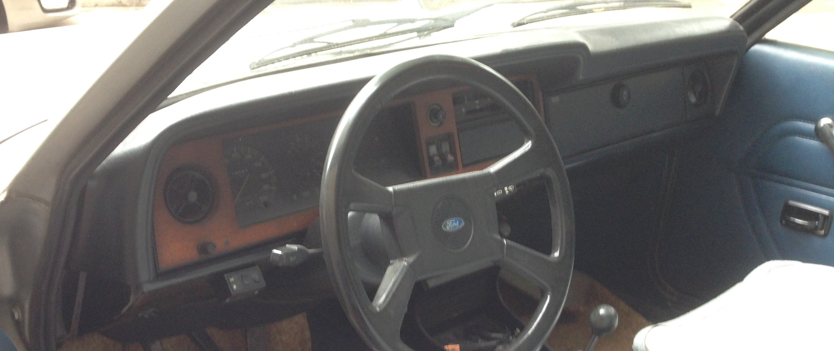 1977 Very Straight. TOTALLY ORIGINAL. Just 1 OWNER always garaged For Sale (picture 6 of 6)