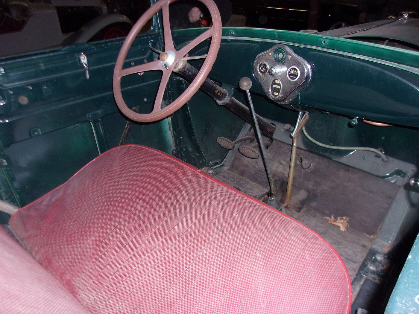 1928 Ford Model A Sport Coupe For Sale (picture 3 of 4)