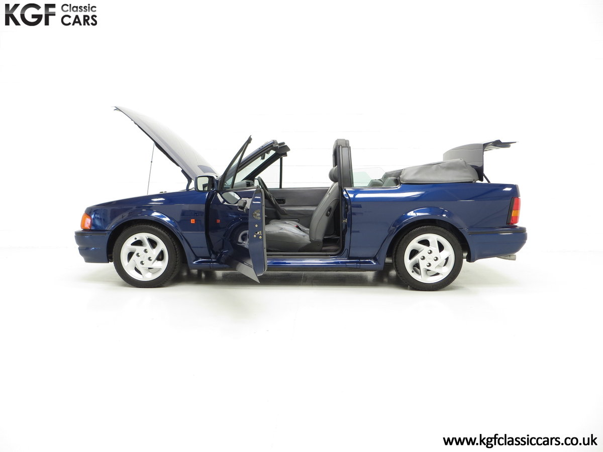 1990 The Special Edition Ford Escort XR3i Cabriolet SOLD (picture 3 of 6)