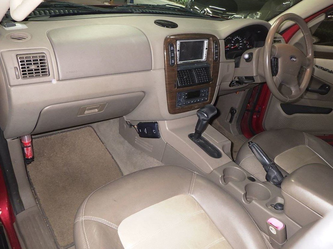 2004 FORD EXPLORER 4.6 EDDIE BAUER AUTOMATIC * 7 SEATER 4X4 For Sale (picture 5 of 6)