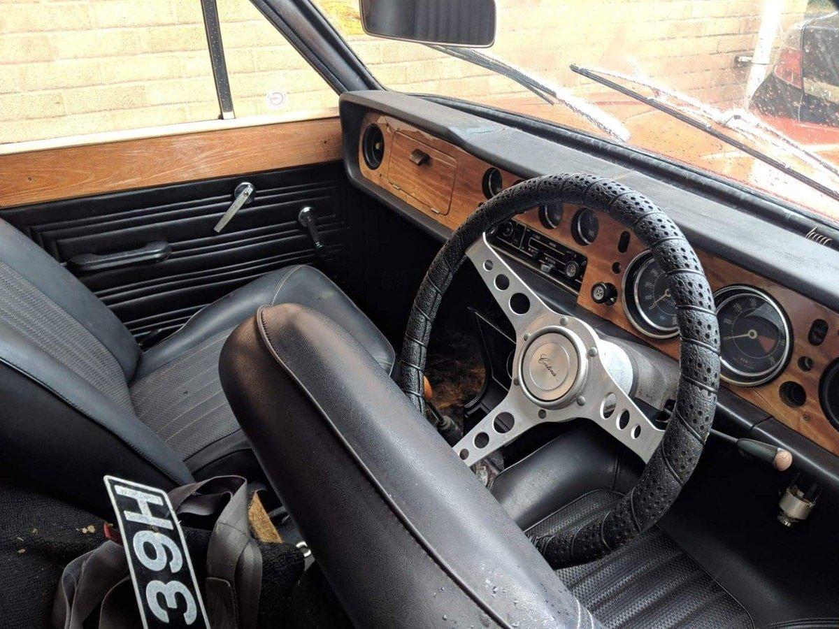1970 Cortina mk2 1600E For Sale (picture 4 of 6)