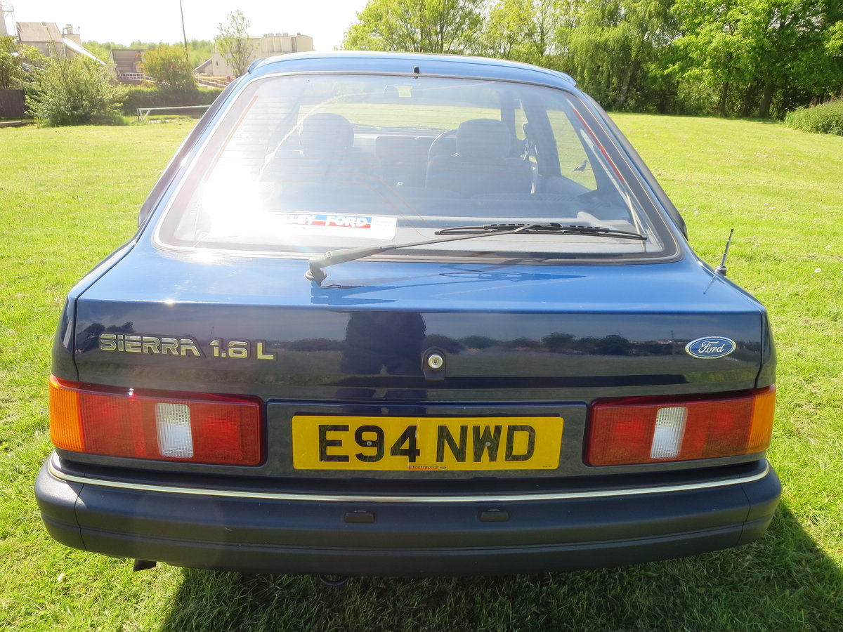 1988 1987 ford sierra 1.6 L Galaxy Blue For Sale (picture 6 of 6)