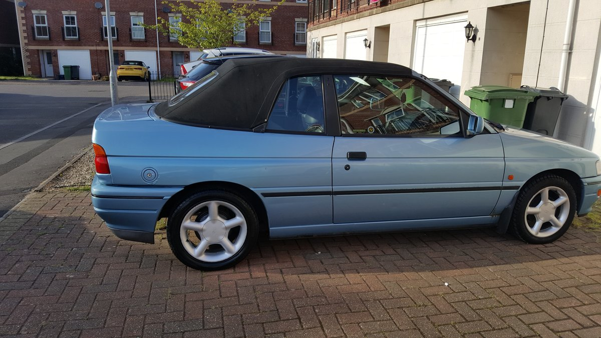 1993 Ford Escort XR3i Cabriolet  For Sale (picture 1 of 6)