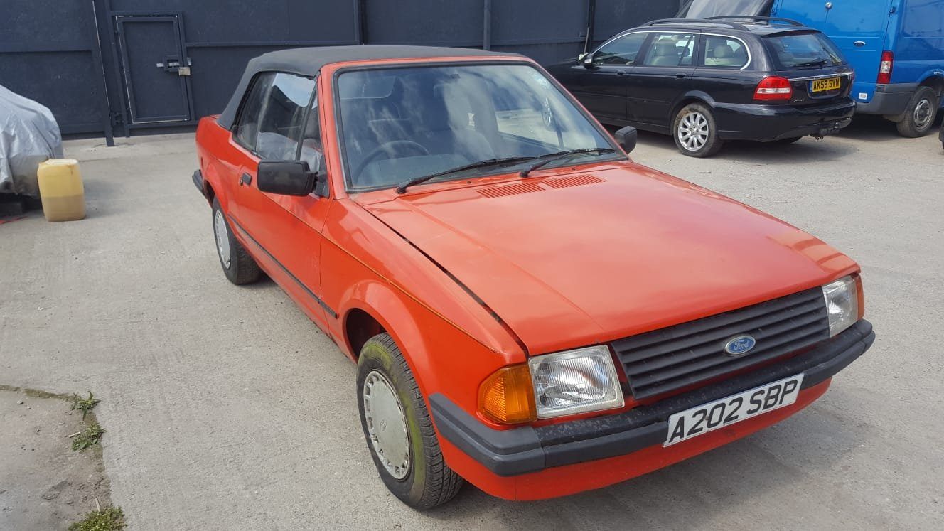 1984 Ford escort mk3 1.6 convertable For Sale (picture 2 of 6)